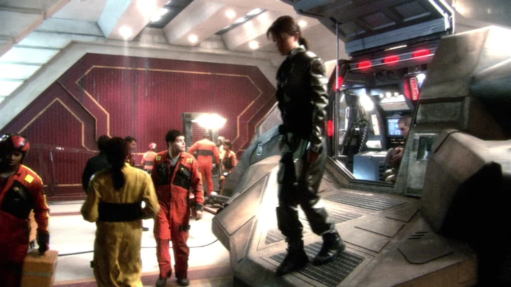 An image from Battlestar Galactica Season 1 Episode 2